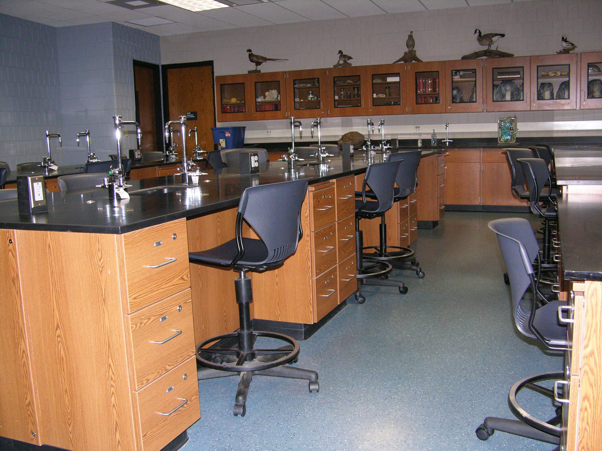 Lake Land College Biology Labs